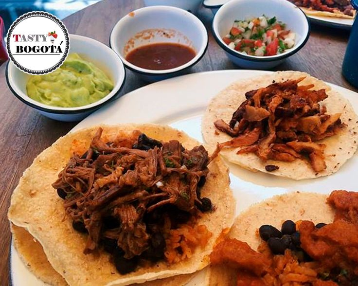 Variedad de tacos El Chapu