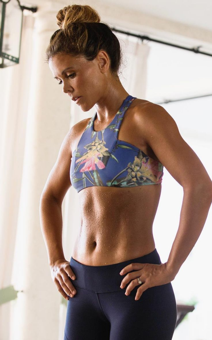The Ultimate Total Ab Burn Workout! Tone It Up Fitness Inspiration