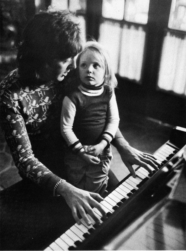 Paul and Stella McCartney by Harry Benson, Los Angeles, 1975