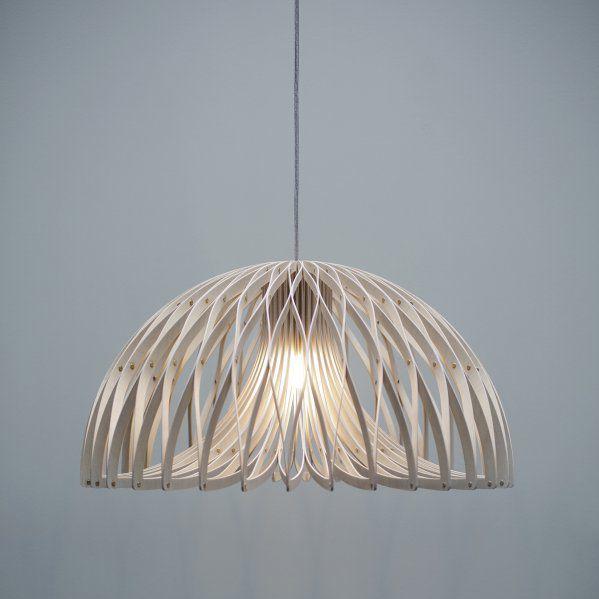 lmpara suspendida moderna de interior de madera stretch by amanda betz watt a