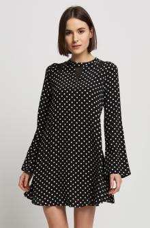 Puntíkované šaty oversize