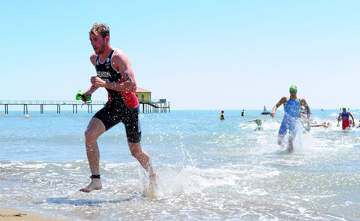Gordon Benson running out of the Caspian Sea during the mens triathlon in Baku 2015.
