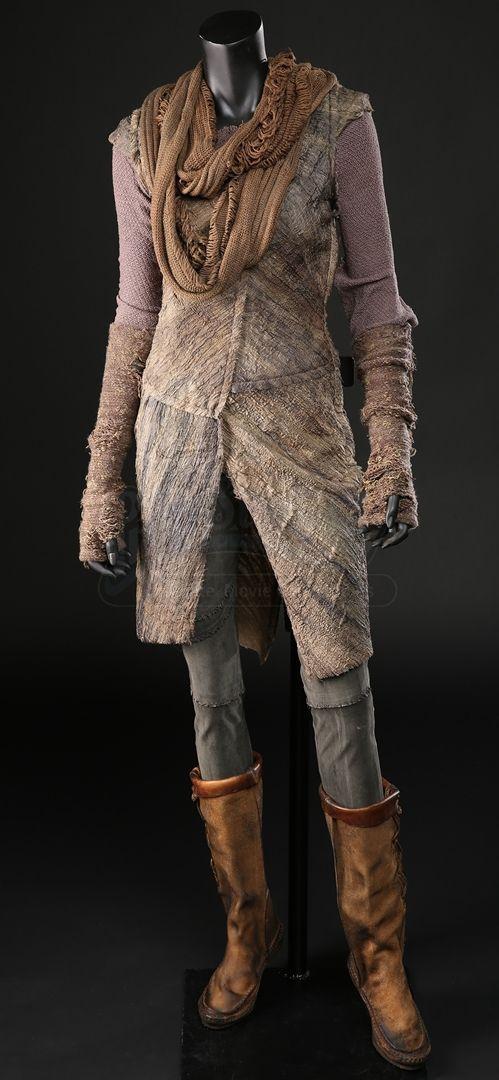 Lot # 282- Noah Auction - Naameh Costume