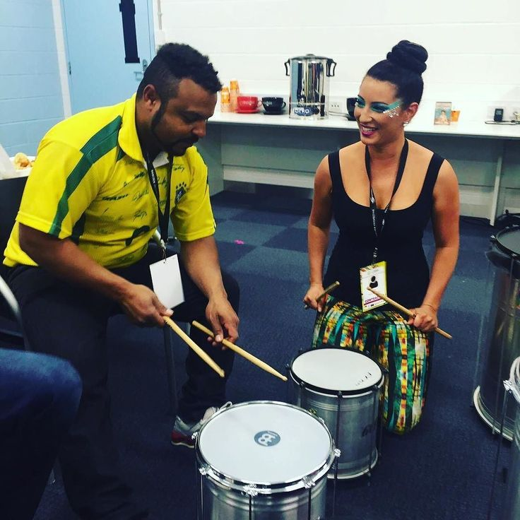 Watch out peeps drummer chick is on her way!!! #wannabebatucada #batucada #brazil #samba #taughtbytheman #tata #nextproject #sharingthesambalove #sambalyfe #dançabrazil by kimneo85