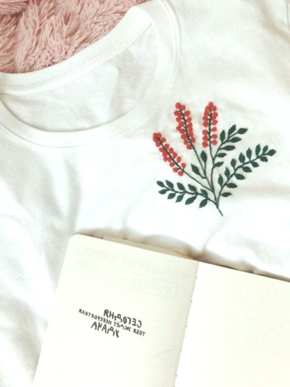 Embroidered t-shirt, white t-shirt, embroidered shirt, hand embroidery, floral embroidery, ladies t-shirt, embroidered t-shirt, gift for her #frisyrer #F ...