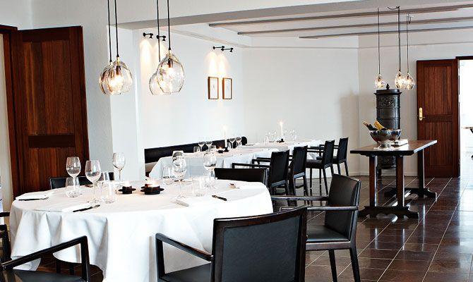 Gronbech & Churchill, Copenhagen, Denmark   Design Anne Louise Due de Fønss & Anders Lundqvist. 2012