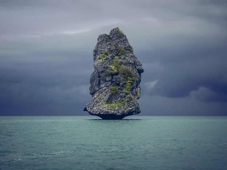 Simply Rock - Seascape shot from Thailand