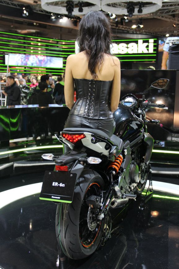 257 best images about milan eicma motorbike show on pinterest ducati motorcycles and girl. Black Bedroom Furniture Sets. Home Design Ideas