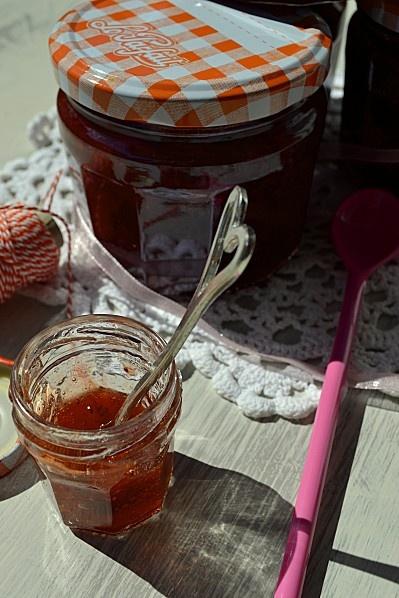 Confiture de fraises, à la rhubarbe et à la vanille par La cuisine d'Anna et Olivia #BattleFood