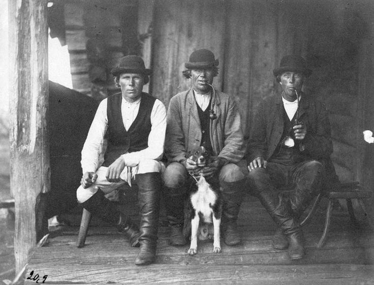 Hunters with prized Karelian bear dogI K. Inha Tolvajärvi, 1894. photo credit:National Board of Antiquities