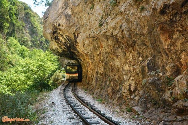 Greece, Peloponnese, Vouraikos Gorge