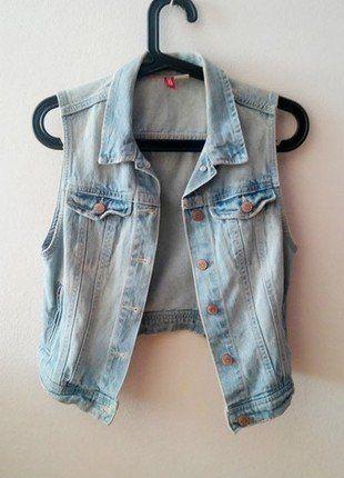 Kup mój przedmiot na #vintedpl http://www.vinted.pl/damska-odziez/marynarki-zakiety-blezery/18429973-kamizelka-jeansowa-marki-hm-36-idealna-na-lato