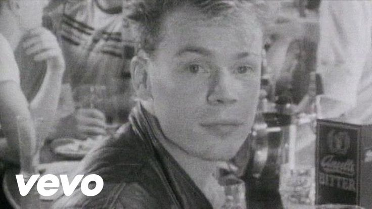 Music video by UB40 performing Red Red Wine (2002 Digital Remaster).