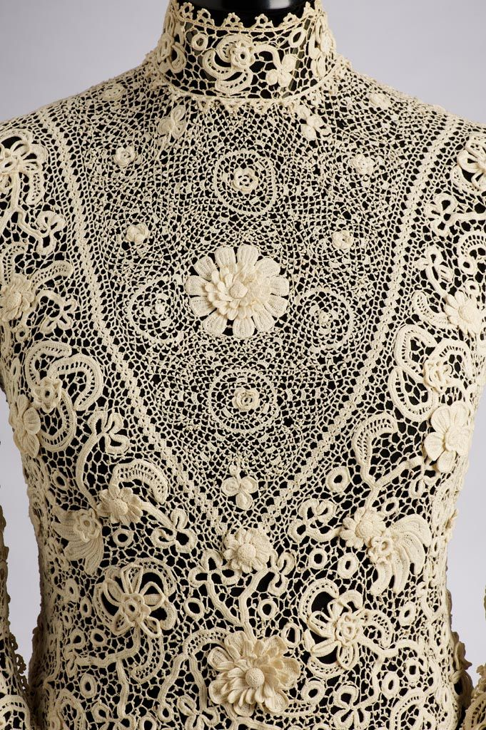 """""""Up Close: Blouse 1905-1910 (Museum of Applied Arts, Budapest) """""""