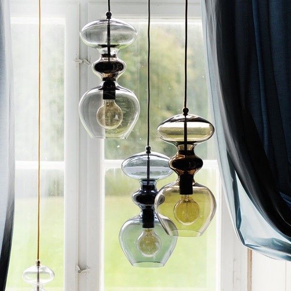 Buy The Ebb Flow Futura Pendant Lamp At Questo Design Pendant Lamp Bubble Chandelier Mouth Blown Glass