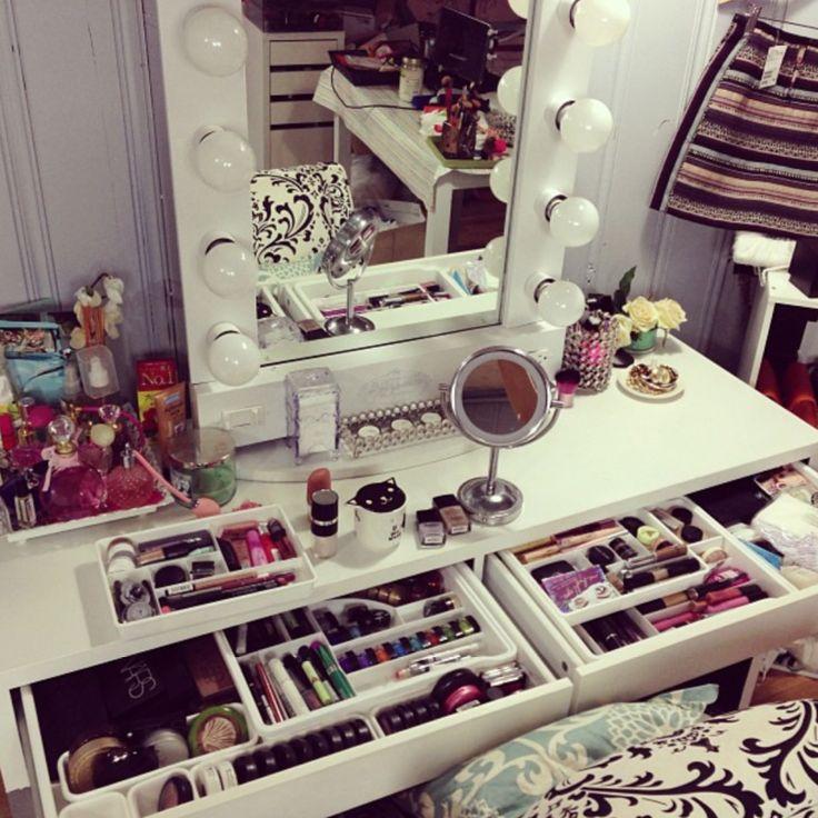 70 best diy makeup brush holders images on pinterest - Best lighting for bedroom vanity ...