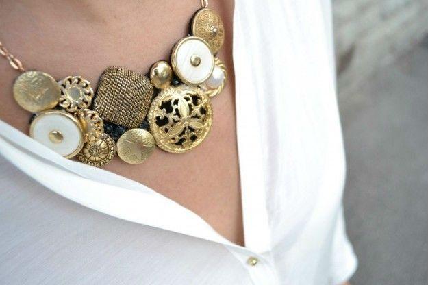 Necklace with precious bottons -  Collana con bottoni preziosi