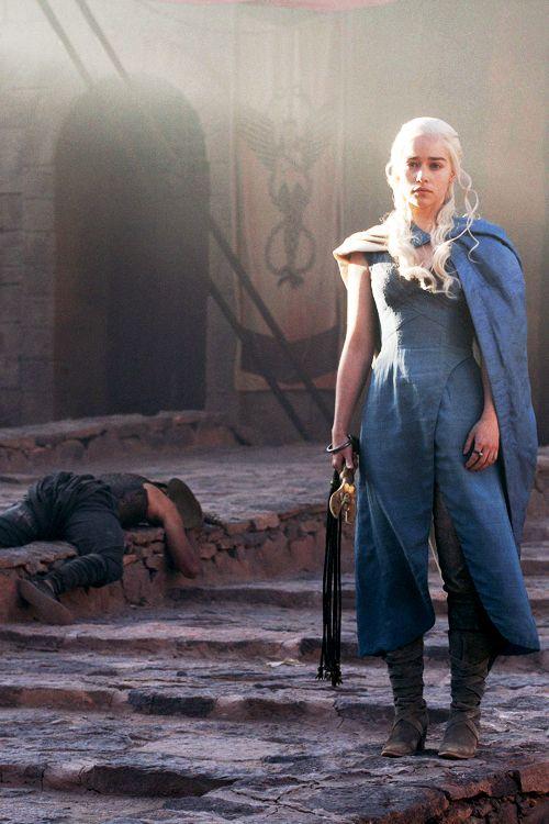 77 best images about cosplay daenerys targaryen on for Daenerys targaryen costume tutorial