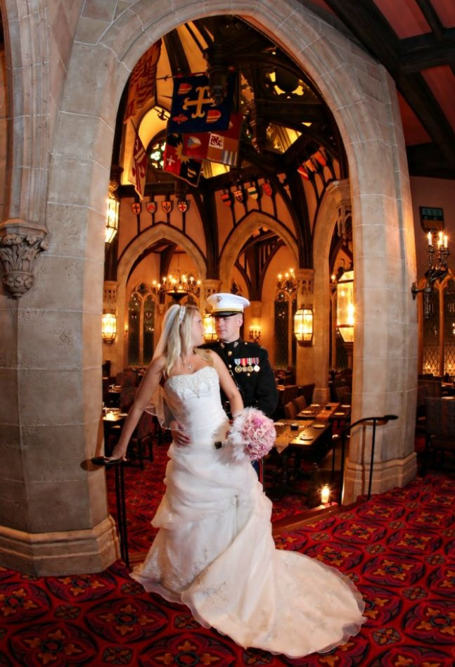 7d0ba961d9d42e0cce9fa4aecbafd36e  cinderella castle disney dream - Royal Wedding Reception Photos