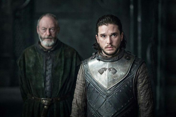 S07E03- Jon Snow and Davos Seaworth. Game of Thrones season 7. Kit Harington