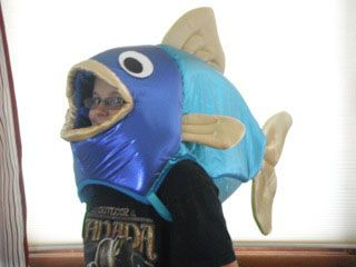 Fish head art something fishy it 39 s fishy pinterest for Fish head costume