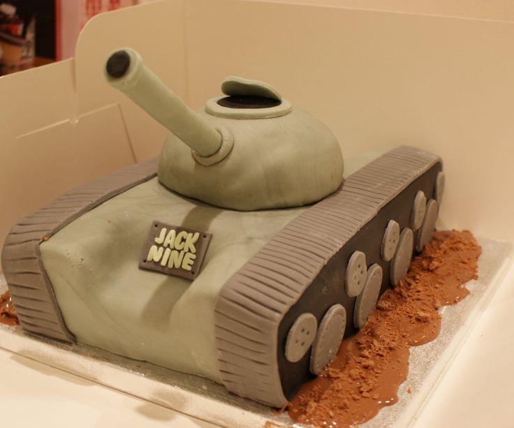 сказали, как украсить торт танк мастер класс фото чем носить