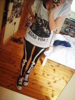 DIY skeleton leggings are just what I like for an interesting, shocking aesthetic.