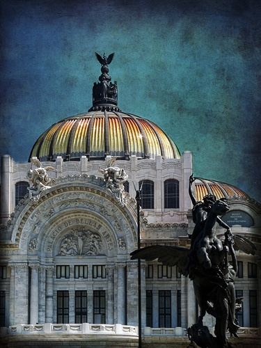 """Palacio de Bellas Artes (""""Palace of Fine Arts"""") is the premier opera house of Mexico City. The building well known for both its extravagant Beaux Arts exterior in imported Italian Carrara white marble and its murals by Diego Rivera[1], Rufino Tamayo, David Alfaro Siqueiros, and José Clemente Orozco."""