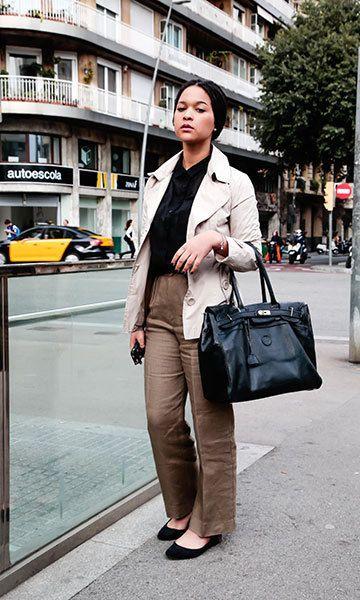 Shirt: Zara | Coat: Burberry | Trousers: Calvin Klein |  Handbag: Vintage Photo: © Getty Images