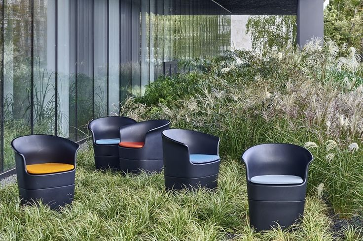 Tulli chairs designed by Tomek Rygalik for NOTI