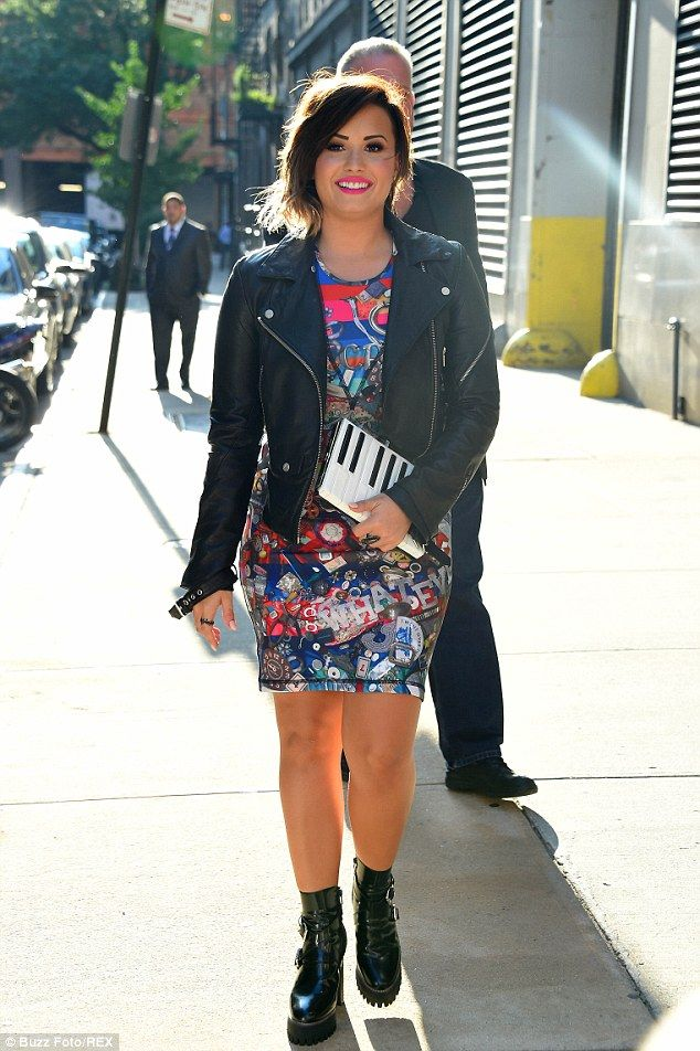 apple hair style 165 best demi lovato dresses images on 3428