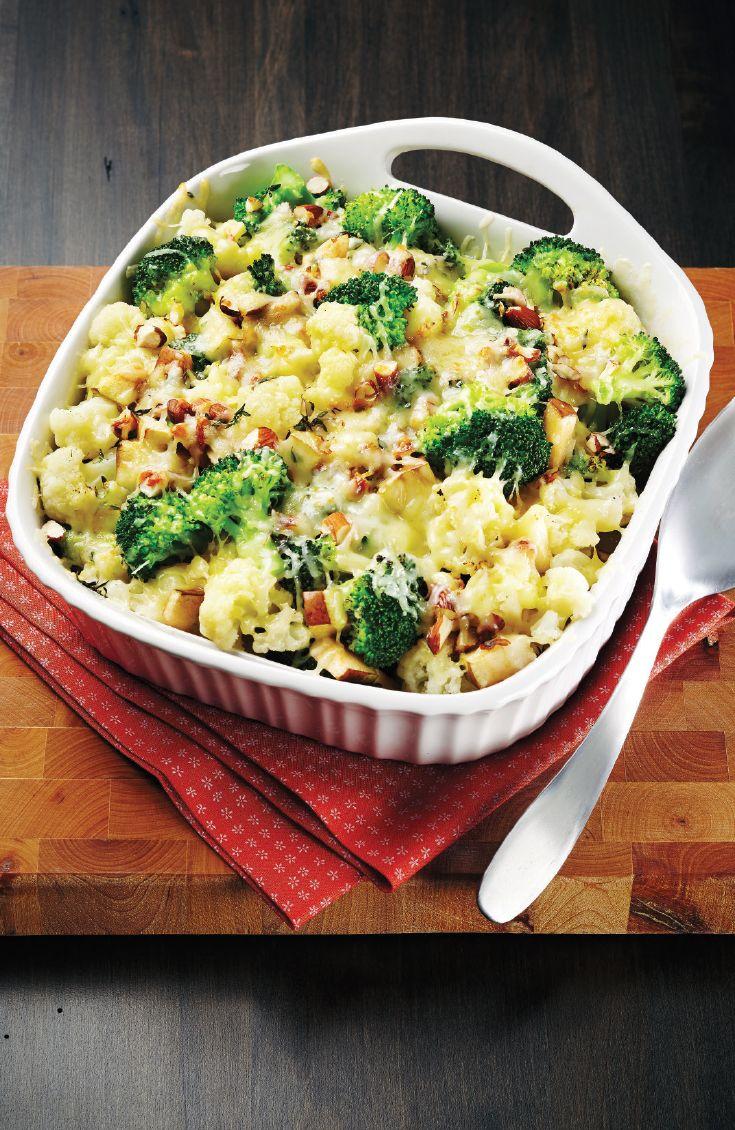 Pour les amoureux du fromage! Gratin de brocolis, choux-fleurs, amandes et poires #recette du chef Nicolas Moreau