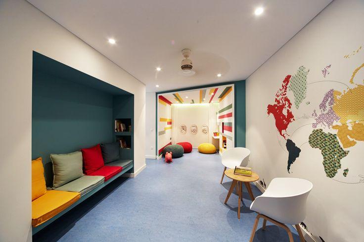 Pediatrician's Office YEAR 2015 LOCATION Athens TYPE Retail AREA 70 m² STATUS Completed Architects in charge: Sotiris Tsergas, Katja Margaritoglou Design team: Anna Perela, Vasiliki Moustafatz…
