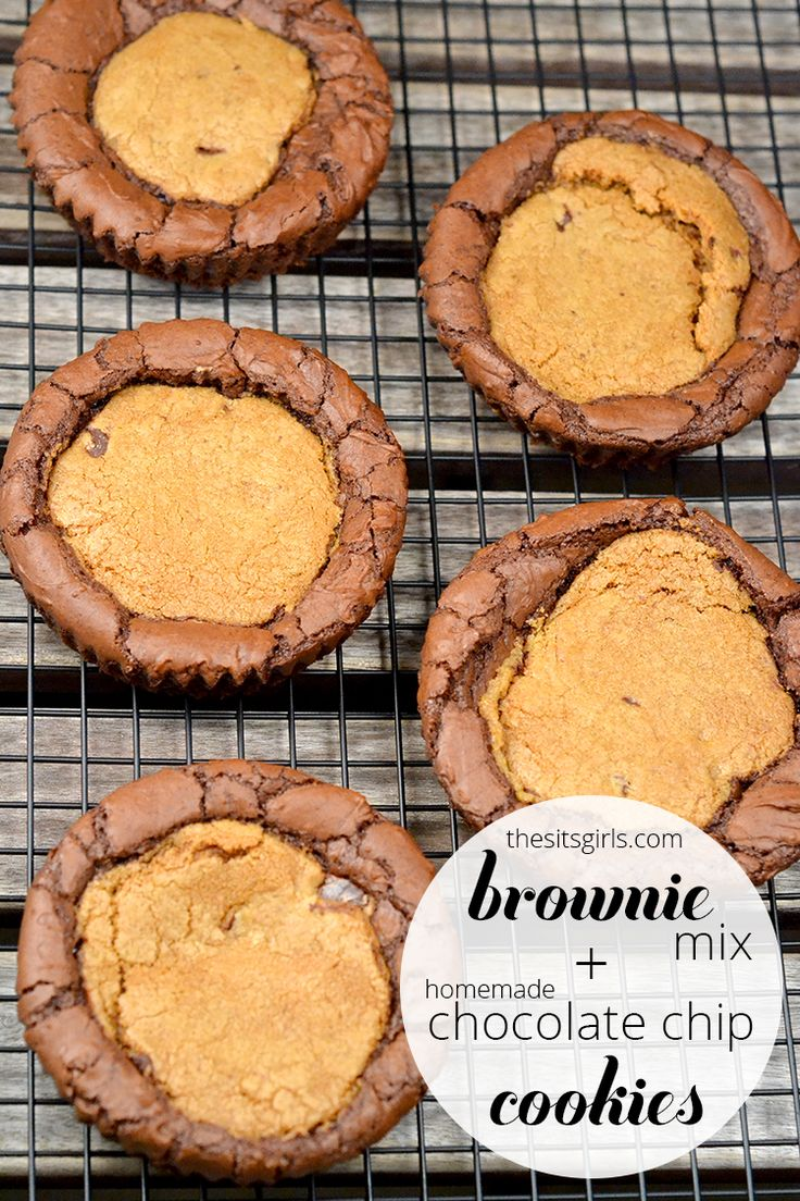 If your mom loves cookies and brownies, you have to bake Brookies for her on Mothers Day! This simple recipe combines cookies and brownies to make the best homemade chocolate chip cookies you've ever had! A must-serve Mothers Day dessert! | MomsDay