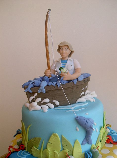 fishing birthday cake, good for my husband!!