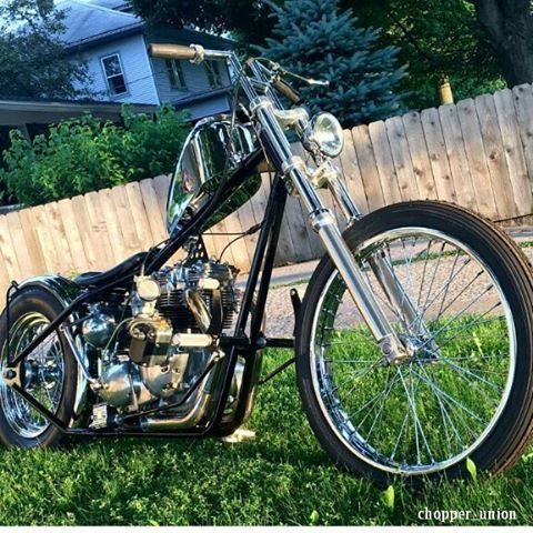 @jvanhyfte77 owns the super beautiful  killer chop ⚡⚡ All my respect and support brotha ✊ CHOP ON ⚡⚡⚡ #chopperunion #chopper #chop #chopperlife #choppershit #hardcorechopper #bobber #kustom #motorcycle #forevertwowheelsftw