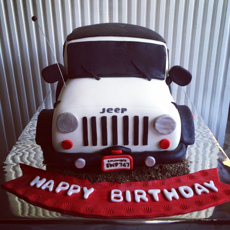 Jeep cake! I want this for my b-day!