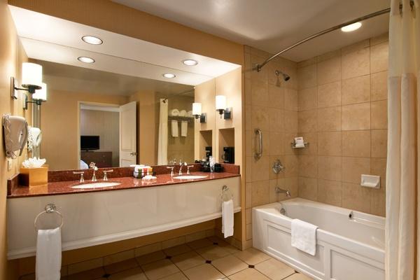 Sam's Town Hotel & Casino, Shreveport | Accommodation Options | SamstownShreveport.com