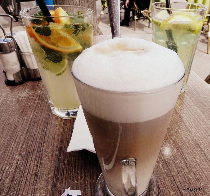 Limonádé és kávé / Lemonade and coffee