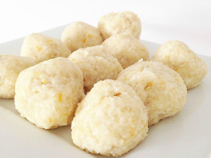 Lemon Coconut Protein Balls