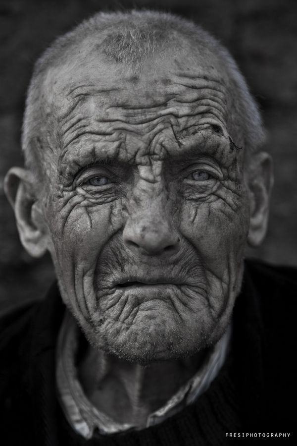 una mirada by rafael cordova, via 500px
