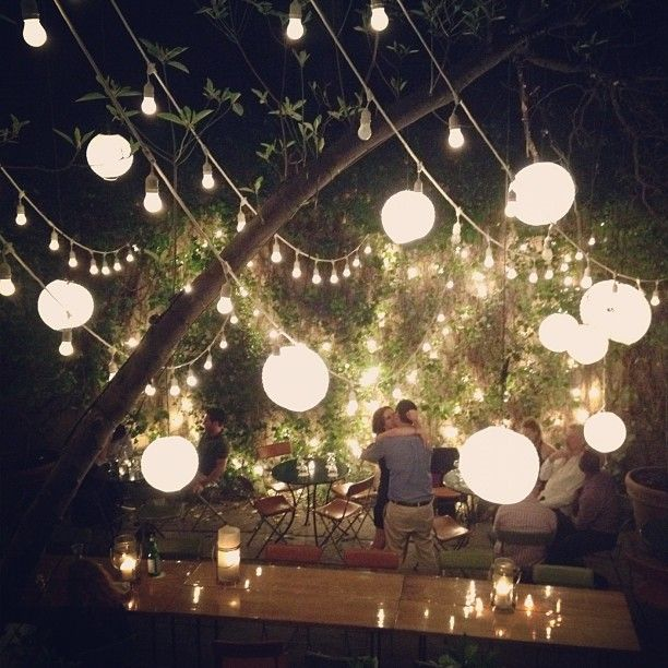 28 Outdoor Lighting Diys To Brighten Up Your Summer: 17 Best Ideas About Outdoor Fairy Lights On Pinterest