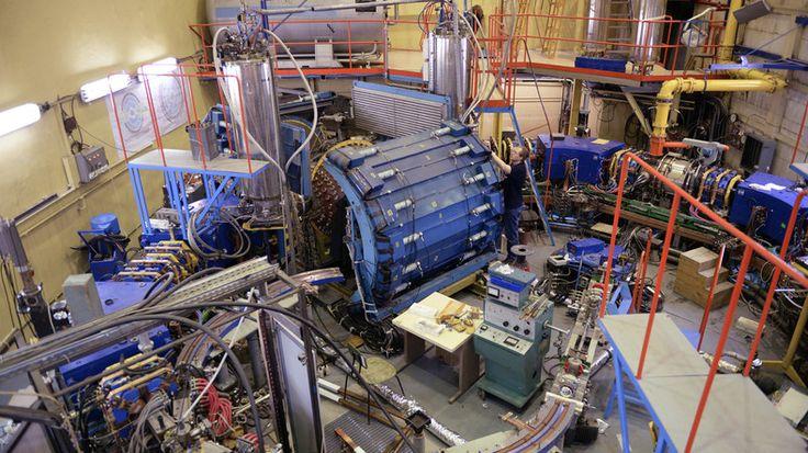 Des chercheurs russes sont en train de créer deux nouveaux collisionneurs afin de découvrir plus d'informations sur la formation de particules élémentaires et la formation de l'univers. Le premier doit être achevé d'ici 2023.