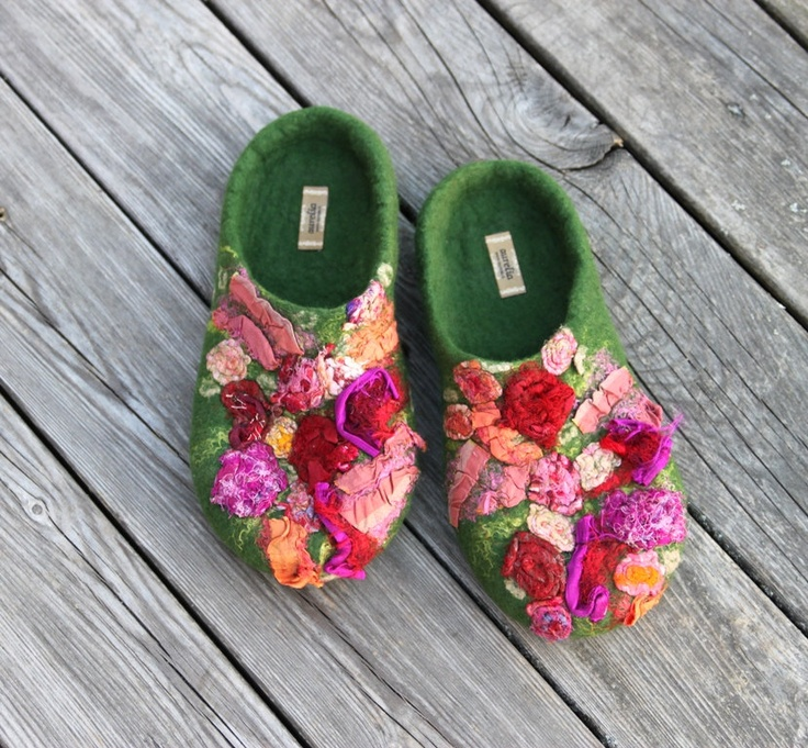 Summer garden felted slippers size US 85 EU 39 UK 6 by aureliaLT, via Etsy.