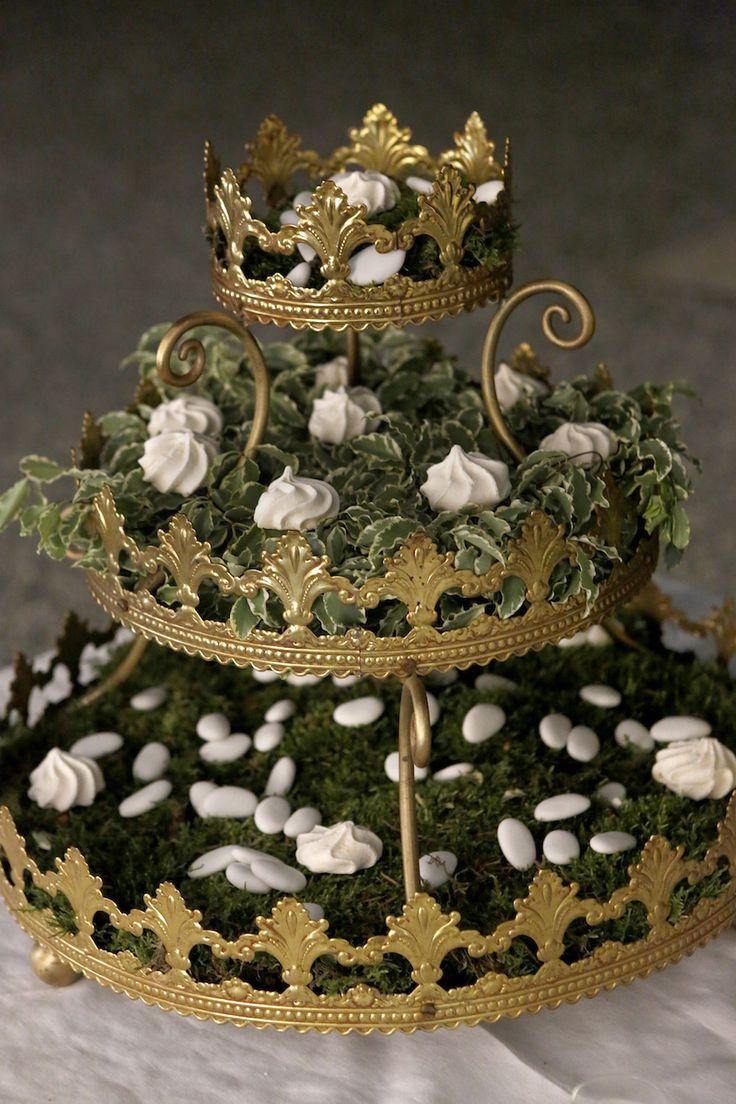 Decorazioni per il tavolo dei dolcetti e confetti #matrimonio
