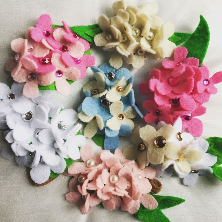Holy hydrangeas. Felt flower headbands for babies  https://www.etsy.com/ca/shop/PennyblossomsDesign