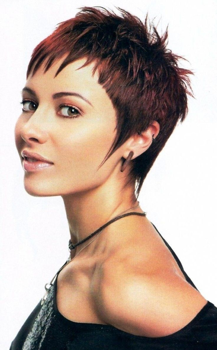 short hairstyles for over 50 Plus Size #hairstylesforwomenintheir40s