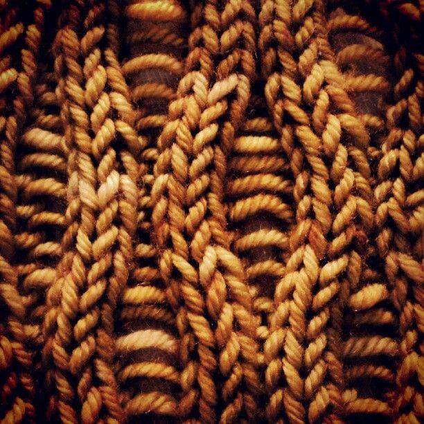 Fiber texture. Drop Stitch pattern via lionbrandyarn.com #knitting #knit #yarn #pattern: Yarns Patterns, Knitting Patterns, Knits Patterns, Stitches Ideas, Lionbrandyarn Com Knits, Knits Stitches Patterns, Knits Yarns, Stitch Patterns, Patterns Dropstitch