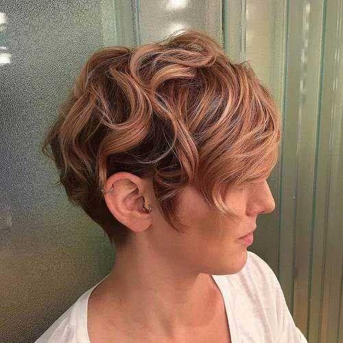 growning Fuera Pixie cabello ondulado