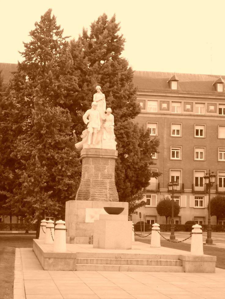 Monumento a los Caídos en la Lonja del Cuartel General del Ejercito del Aire